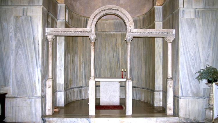 Pergula o Iconostasis